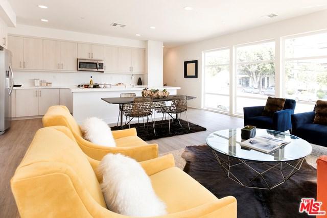 2111 N Cahuenga Boulevard #1, Los Angeles (City), CA 90068 (#18365964) :: Kristi Roberts Group, Inc.