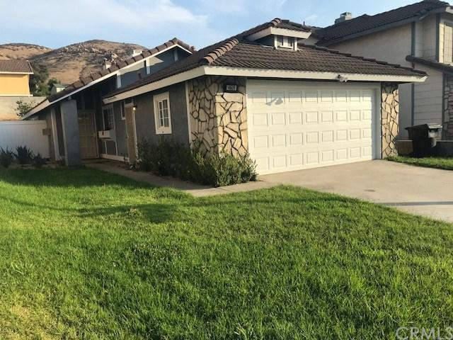 14609 Mountain High Drive, Fontana, CA 92337 (#DW18172600) :: The Laffins Real Estate Team