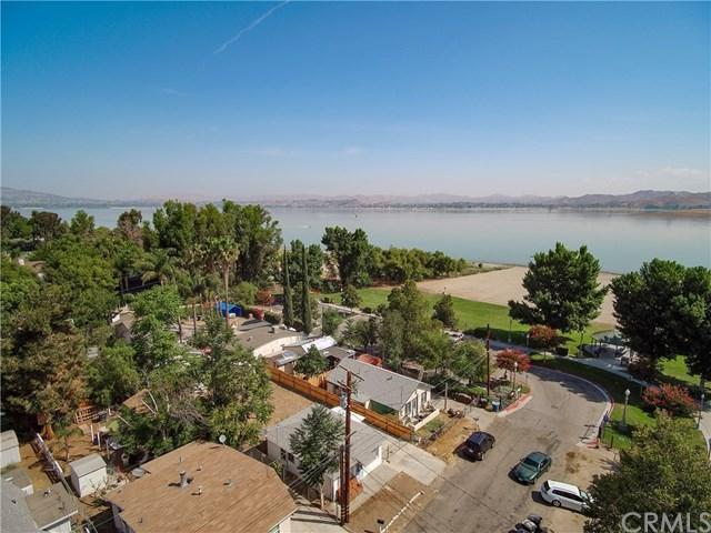 32939 Perret Boulevard, Lake Elsinore, CA 92530 (#SW18172738) :: Provident Real Estate