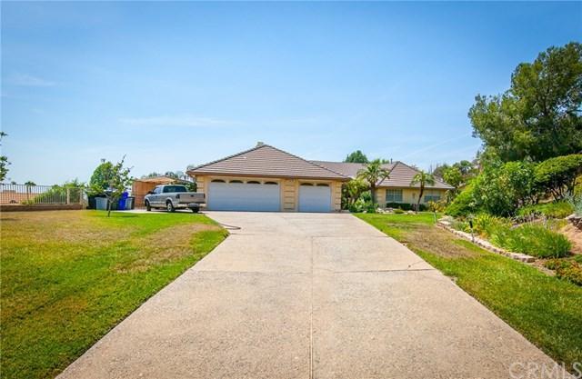 6876 Gala Street, Highland, CA 92346 (#CV18171741) :: RE/MAX Empire Properties
