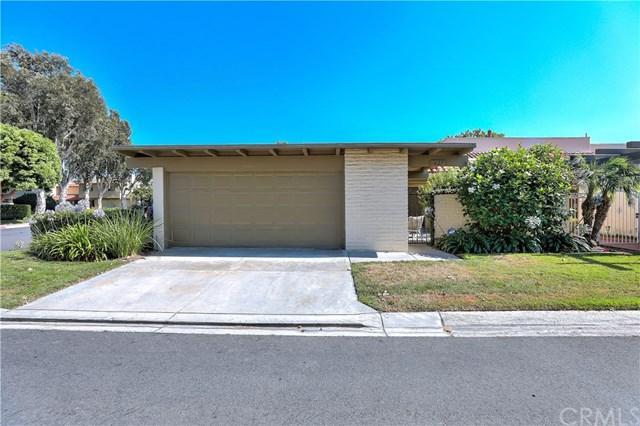 627 Hilvanar, Newport Beach, CA 92660 (#NP18172416) :: Scott J. Miller Team/RE/MAX Fine Homes