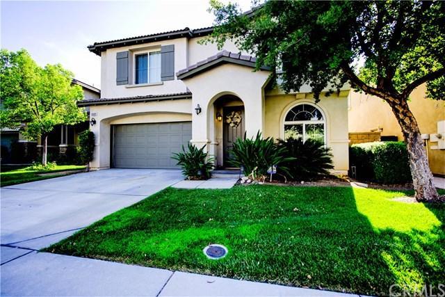 33325 Wallace Way, Yucaipa, CA 92399 (#EV18172936) :: RE/MAX Empire Properties