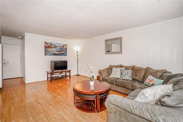 3325 Santa Fe Avenue #120, Long Beach, CA 90810 (#DW18173166) :: Scott J. Miller Team/RE/MAX Fine Homes