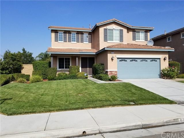 6777 Bluefield Court, Eastvale, CA 92880 (#WS18173350) :: The DeBonis Team