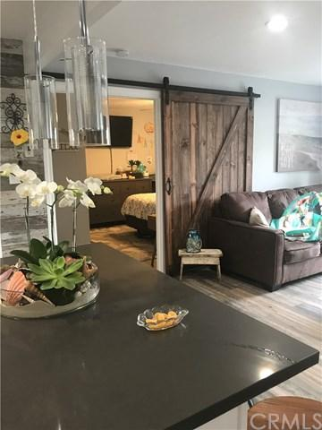 215 Wichita Avenue #406, Huntington Beach, CA 92648 (#PW18173511) :: Scott J. Miller Team/RE/MAX Fine Homes