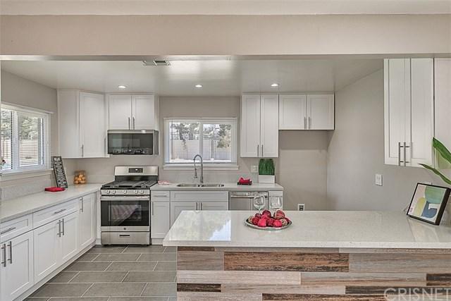 15906 Rinaldi Street, Granada Hills, CA 91344 (#SR18173544) :: Fred Sed Group