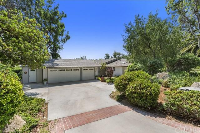 2141 Orange View Circle, Riverside, CA 92503 (#IV18172897) :: The DeBonis Team