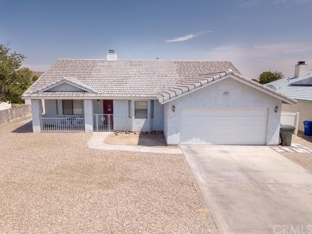 13802 Windward Lane, Helendale, CA 92342 (#CV18173373) :: DSCVR Properties - Keller Williams