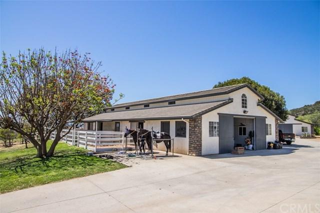 44375 De Luz Road, Temecula, CA 92590 (#OC18173397) :: Impact Real Estate