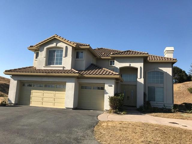 27860 Crowne Point Drive, Salinas, CA 93908 (#ML81715397) :: Fred Sed Group