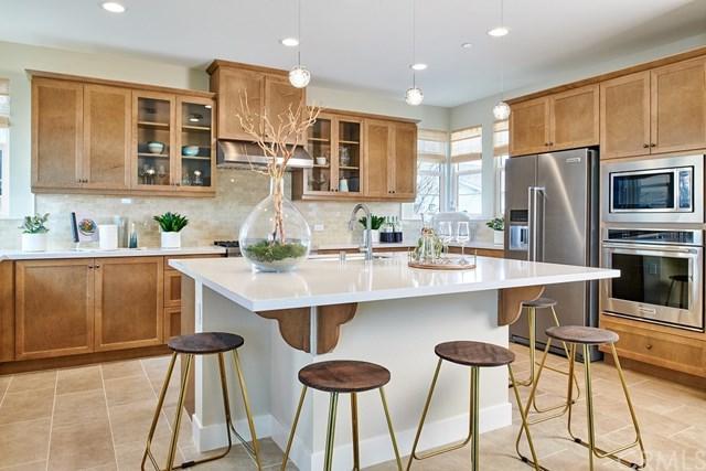 10 Alienta, Rancho Mission Viejo, CA 92694 (#OC18174702) :: Berkshire Hathaway Home Services California Properties