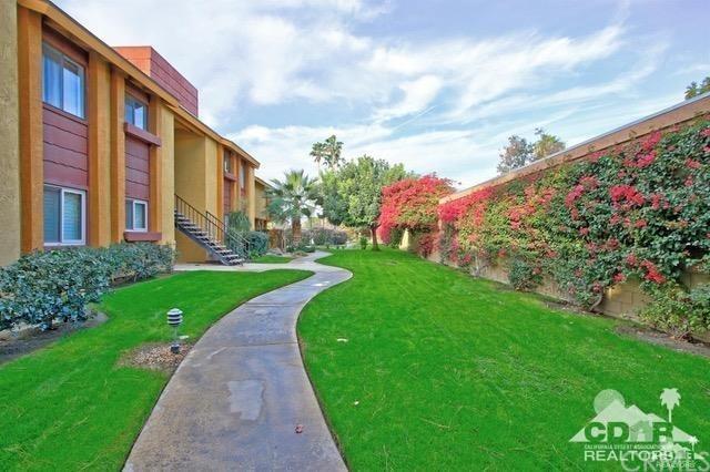 48255 Monroe Street #9, Indio, CA 02291 (#218020564DA) :: California Realty Experts