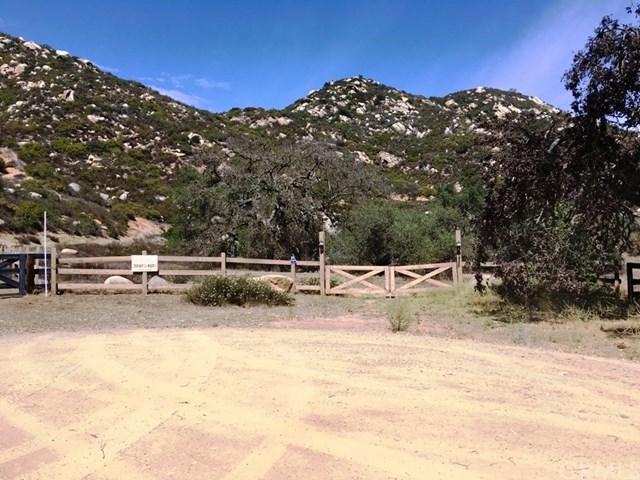 0 Via Nuve, Murrieta, CA  (#SW18174857) :: RE/MAX Empire Properties