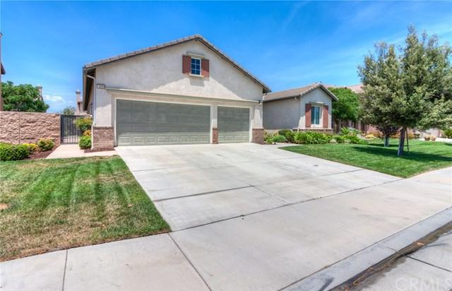 14554 Ithica Drive, Eastvale, CA 92880 (#IG18175165) :: The DeBonis Team