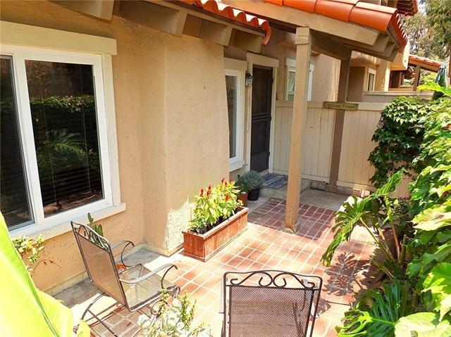 1043 Westward Way #63, Costa Mesa, CA 92627 (#PW18167913) :: DiGonzini Real Estate Group