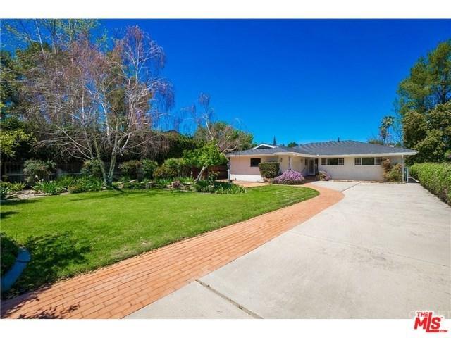 23147 Califa Street, Woodland Hills, CA 91367 (#18367238) :: RE/MAX Masters
