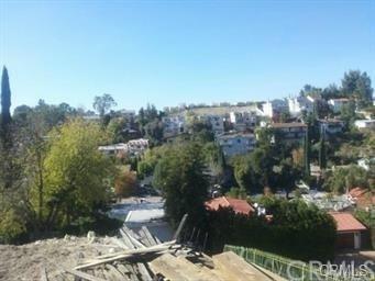 5218 Baza Avenue, Woodland Hills, CA 91364 (#CV18175337) :: RE/MAX Masters
