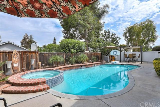 2 Hidden Creek Lane, Laguna Hills, CA 92653 (#OC18171544) :: Z Team OC Real Estate