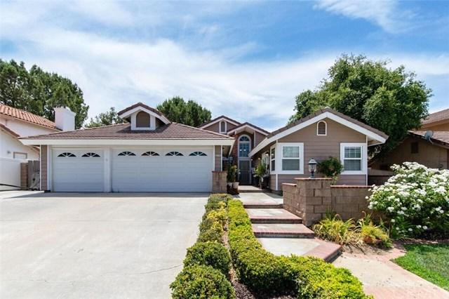 25485 Day Lily Drive, Murrieta, CA 92563 (#SW18175474) :: The DeBonis Team