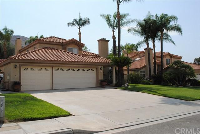 2219 Canyon Drive, Colton, CA 92324 (#CV18175589) :: RE/MAX Innovations -The Wilson Group