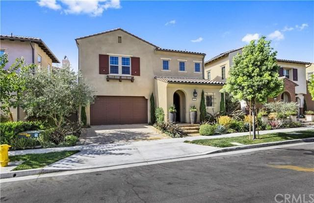 122 Catalonia, Irvine, CA 92618 (#OC18169712) :: Z Team OC Real Estate