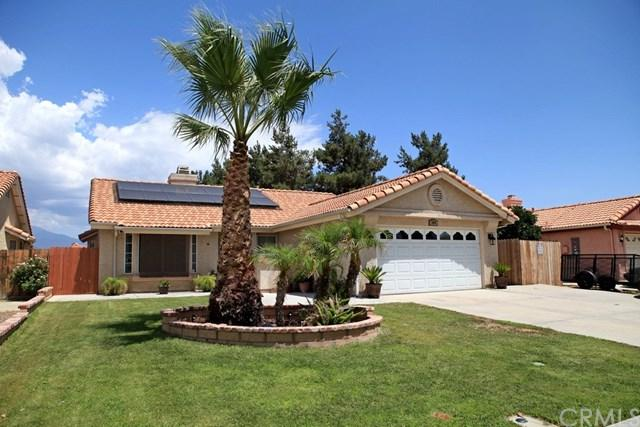 1000 Gloria Drive, Hemet, CA 92545 (#IV18171102) :: Allison James Estates and Homes