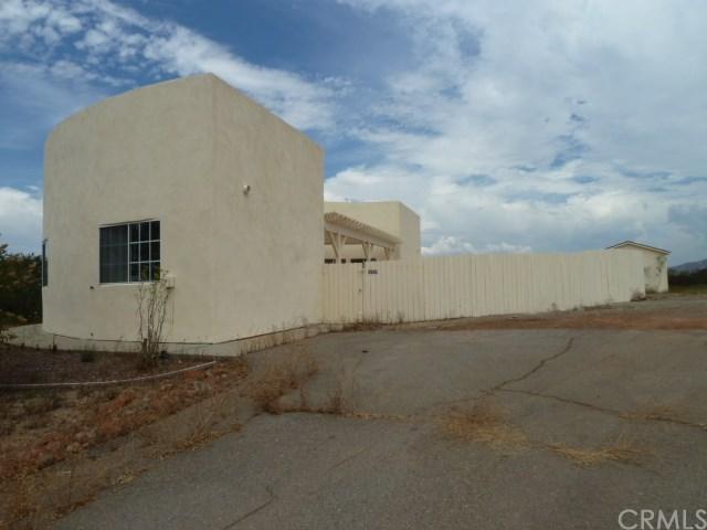 4009 Ranchbrook Road, Fallbrook, CA 92028 (#OC18176274) :: Allison James Estates and Homes