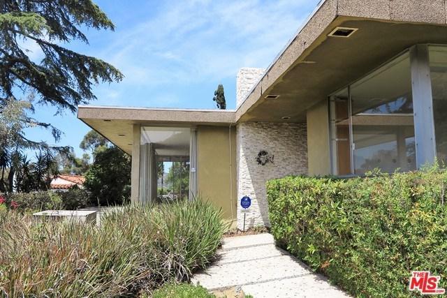 3565 Wonder View Drive, Los Angeles (City), CA 90068 (#18367660) :: The Darryl and JJ Jones Team