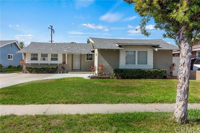 1555 W Harriet Lane, Anaheim, CA 92802 (#OC18176311) :: The Darryl and JJ Jones Team