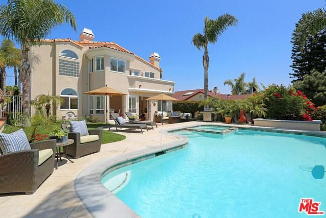 1210 10TH Street, Manhattan Beach, CA 90266 (#18368376) :: Z Team OC Real Estate