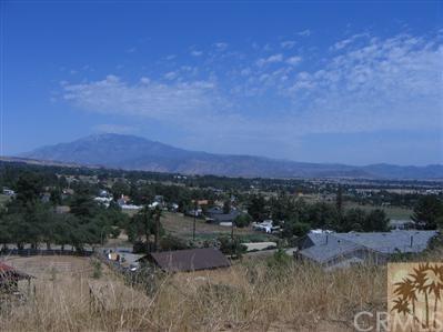 38655 Cherrystone Avenue, Cherry Valley, CA 92223 (#218020934DA) :: Sperry Residential Group