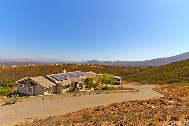 12302 Rancho Heights Road, Pala, CA 92059 (#SW18181245) :: Barnett Renderos