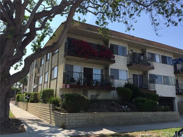 910 W 26th Street #1, San Pedro, CA 90731 (#SB18182817) :: RE/MAX Masters