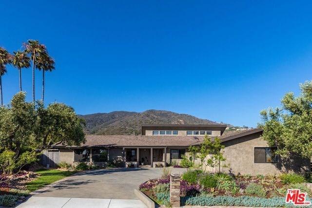 6364 Trancas Canyon Road, Malibu, CA 90265 (#18370050) :: Team Tami