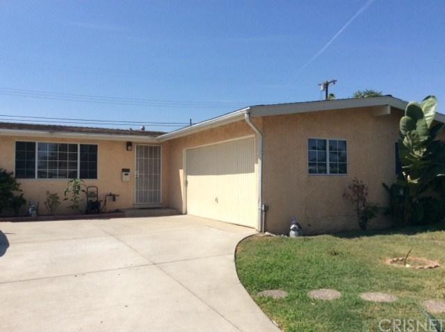 12747 Montford Street, Pacoima, CA 91331 (#SR18184987) :: Z Team OC Real Estate