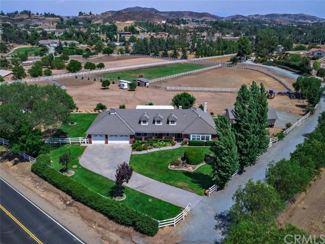19205 Vista De Montanas, Murrieta, CA 92562 (#SW18186885) :: RE/MAX Masters