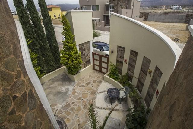 790 Calle Castellon, Outside Area (Inside Ca), CA 99999 (#180042906) :: Fred Sed Group