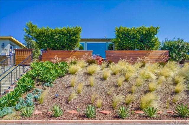 866 W 22nd Street, San Pedro, CA 90731 (#SB18177268) :: Z Team OC Real Estate