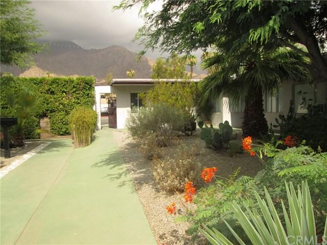 1020 N Indian Canyon Drive, Palm Springs, CA 92262 (#SB18189943) :: Fred Sed Group