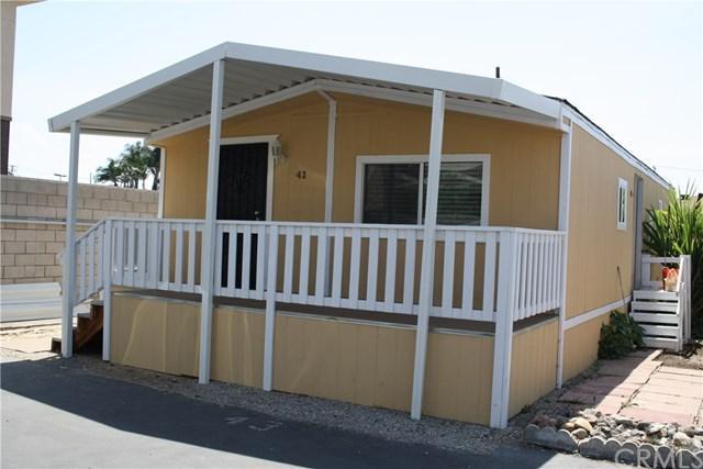 520 E Carson Street #43, Carson, CA 90745 (#SB18191297) :: The Darryl and JJ Jones Team