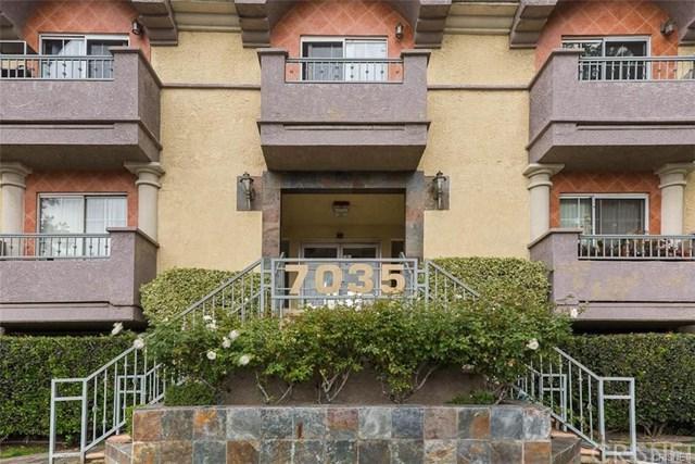 7035 Woodley Avenue #217, Lake Balboa, CA 91406 (#SR18191929) :: Z Team OC Real Estate