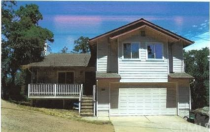 12974 Hill Street, Clearlake, CA 95422 (#LC18193252) :: RE/MAX Masters