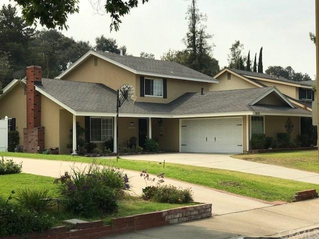 1050 Canyon View Drive, La Verne, CA 91750 (#CV18193870) :: Cal American Realty