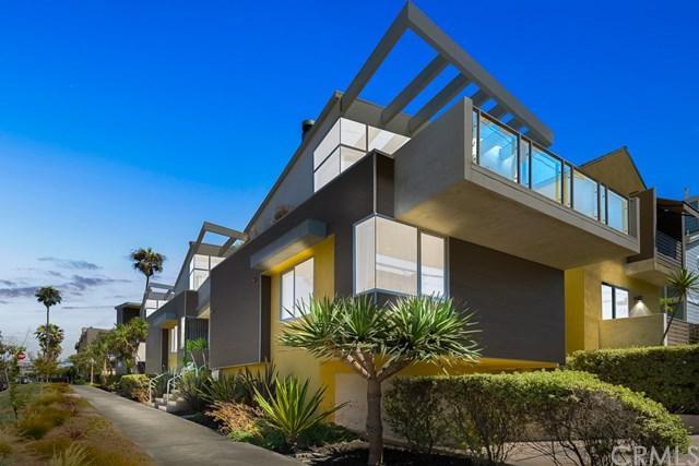110 Avenue B, Redondo Beach, CA 90277 (#PV18196096) :: Z Team OC Real Estate