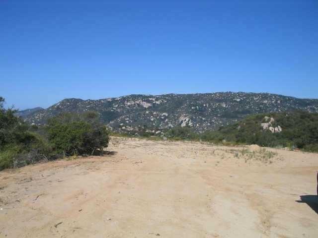Hidden Oaks Rd, Pala, CA 92059 (#180002878) :: Fred Sed Group