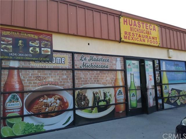 208 W Anaheim Street #D, Wilmington, CA 90744 (#SB18195090) :: RE/MAX Masters