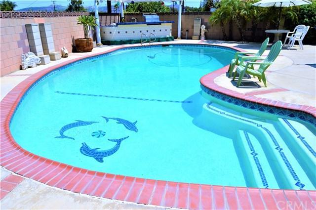 949 Atascadero Place, Montebello, CA 90640 (#PW18196868) :: RE/MAX Masters