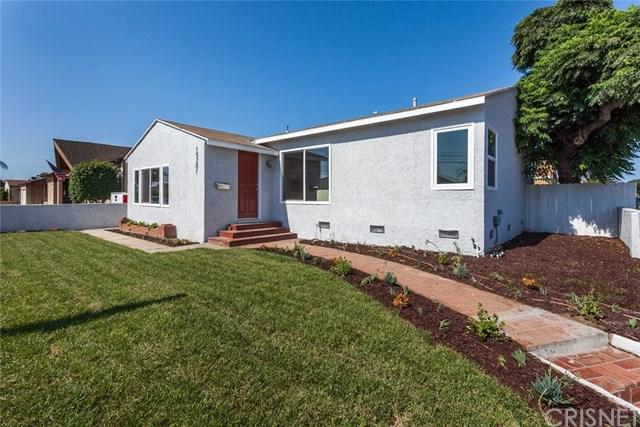 15201 Van Ness Avenue, Gardena, CA 90249 (#SR18197468) :: Keller Williams Realty, LA Harbor