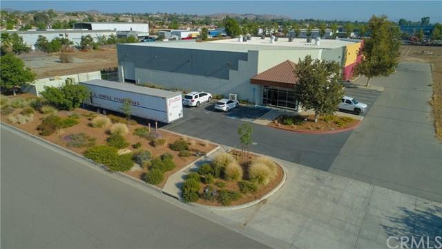 328 Malbert Street A, Perris, CA 92570 (#IV18198025) :: RE/MAX Empire Properties
