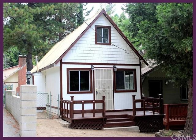22821 Azalia Lane, Crestline, CA 92325 (#CV18196951) :: Keller Williams Realty, LA Harbor